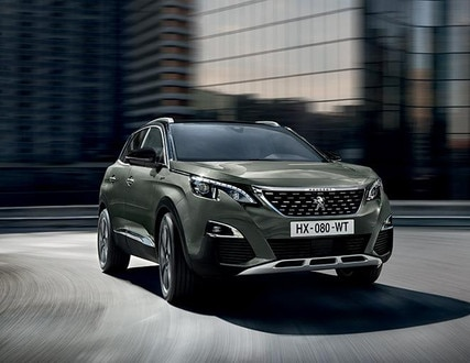 PEUGEOT 3008 SUV: front end on the road