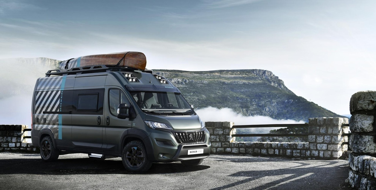 PEUGEOT BOXER 4x4 CONCEPT : the recreational vehicle ready for any adventure.