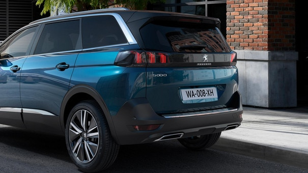 New PEUGEOT 5008 SUV: Volumes
