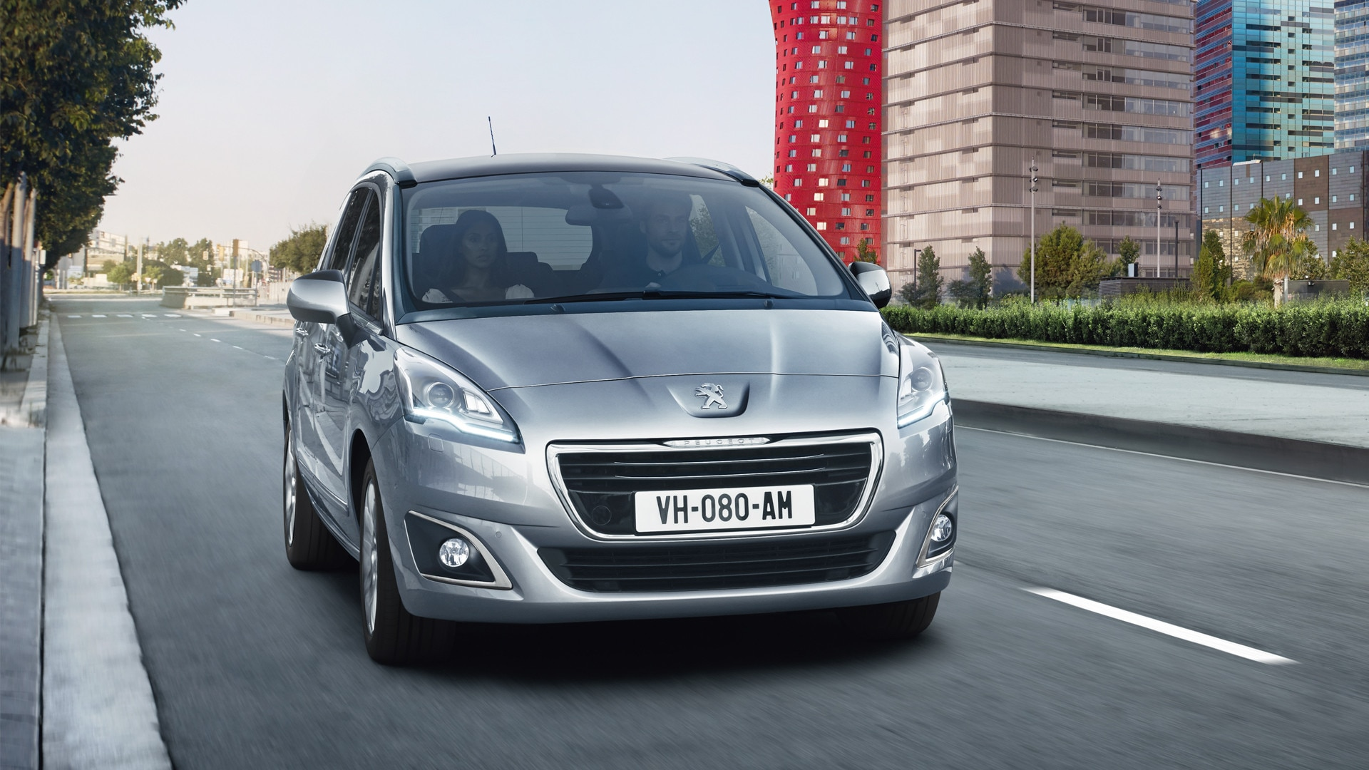 How To Return A Used Car To The Dealer >> Peugeot 5008 | 7 Seater Compact MPV and Spacious Family Car