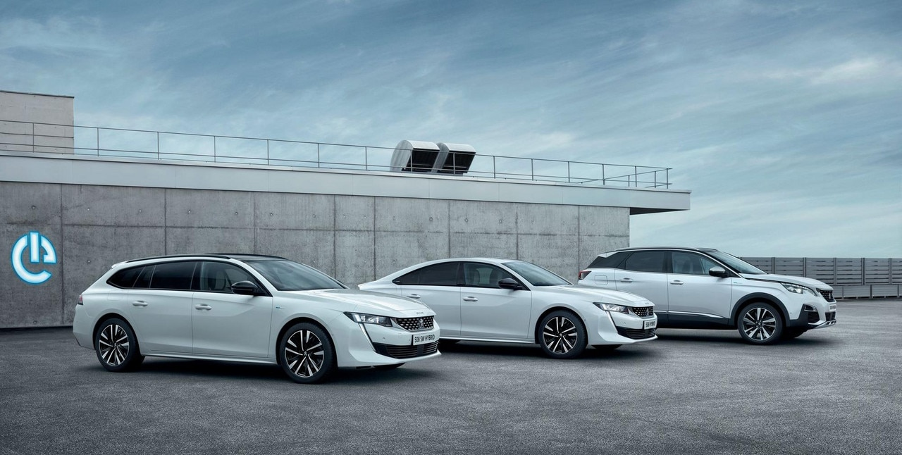 New PEUGEOT PLUG-IN HYBRID engines on the new PEUGEOT 508 and 3008.