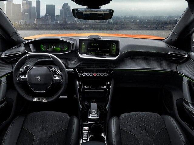 New Peugeot 2008 SUV Cockpit