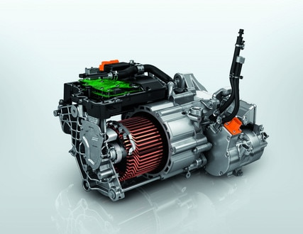 ALL-NEW PEUGEOT e-2008 electric SUV: new 100kW electric motor