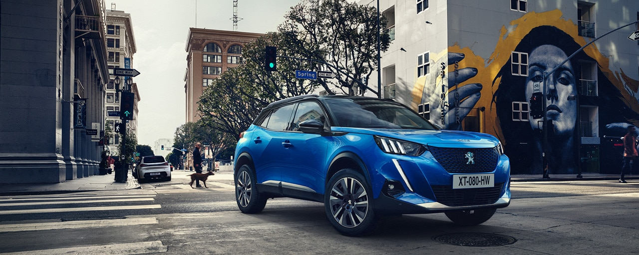 ALL-NEW PEUGEOT e-2008 electric SUV | PEUGEOT's new compact ...