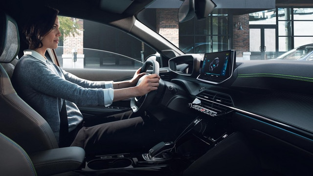 ALL-NEW PEUGEOT e-2008 electric SUV: new PEUGEOT i-Cockpit® 3D